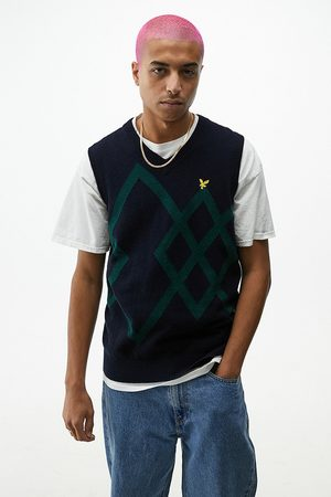 Lyle & Scott UO Exclusive Navy & Green Jacquard Knitted Vest